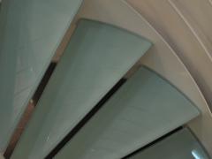 Piotrków - schody kręcone, stopnie ze szkła hartowanego
